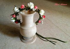 #Flowers #crown. #Bride &#bridesmaids accessories ♡♡♡.ManalSolaiman@wardyfloral
