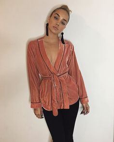 Jasmine Sanders, Golden Barbie, Glam Dresses, Velvet Tops, Autumn Winter Fashion, Winter Style, Going Out, Celebrity Style, Street Style