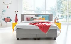 Breng de zomer in je slaapkamer met een boxspring en kleurrijk beddengoed van Swiss Sense // Swiss Sense @ Villa ArenA