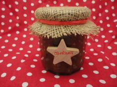 Christmas is definitely a time for chutney - with delicious cheeses and moreish crackers. I haven't made chutney in a while but when my husb. Homemade Christmas Gifts, Christmas Gift Guide, Homemade Gifts, Christmas Time, Xmas, Christmas Ideas, Jam Jar Crafts, Christmas Chutney, Crazy Kitchen