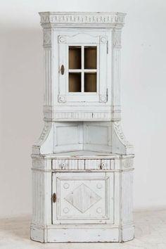 Antique Danish Corner Cabinet Painted Gray Light Gray Paint, Grey Paint, Low Cabinet, Cabinet Doors, Corner Cupboard, Painting Cabinets, Danish, Woodworking Projects, Scandinavian