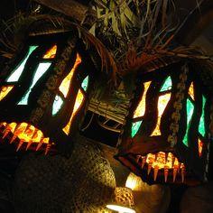 Double Fish Tiki Lamp Tiki Art, Tiki Tiki, Tiki Lights, Tiki Decor, Tiki Lounge, Home Bar Decor, Home Bar Designs, Tiki Torches, Tiki Room