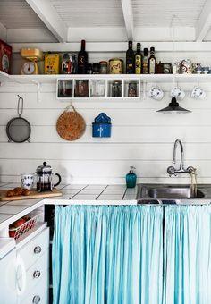 Et lille - men funktionelt - køkken i kolonihavehuset