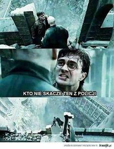 Harry and Voldemort in Titanic. Harry Potter Mems, Harry Potter Outfits, Harry Potter Cast, Titanic 2, Harry Potter Bedroom, Weekend Humor, Pokemon, Voldemort, Drarry