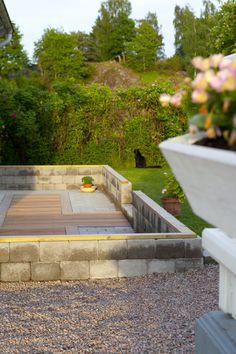 Grund och golv i växthus är klart, nu ska bara själva växthuset byggas :) Hildas hem Modern Landscape Design, Modern Landscaping, Bra Tips, Yard, Layout, Patio, Outdoor Decor, Pergola, House