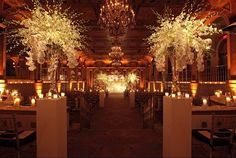 Gorg wedding #aisle accented with amber uplighting  candles! : #Tantawanbloom #ArnoldBrowerPhotography