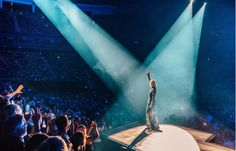Celine Dion, Tours, Concert, My Love, Instagram, People, Beauty, Singer, Beginning Sounds