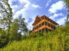 A Cameron's Mountain View - http://americanmountainrentals.com/3-essential-tips-bringing-pet-pigeon-forge-cabin-vacation/