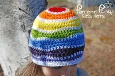It's shaping up to be a day of yarn, lol. Just look at this awesome hat!
