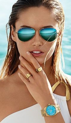 Michael Kors spring/summer 2014, I love how understated yet stunning the rings are, such a perfect aqua blue as well!