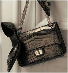http://cdn2.purseblog.com/images/chanel_2.55_metallic_alligator_bag.jpg