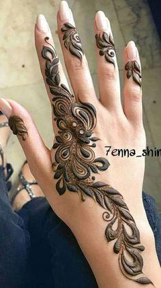 Khafif Mehndi Design, Modern Mehndi Designs, Mehndi Designs For Girls, Leg Mehndi, Henna Mehndi, Finger Henna Designs, Hand Designs, Rajasthani Mehndi Designs, Mahndi Design