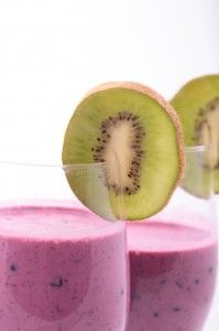 Dr Oz: Fruit Smoothie Detox Recipe Ingredients 1/2 cup almond (plain/unsweetened) 1 tablespoon ground flaxseed or chia 1/4 cup frozen blueberries 1/4 banana 1/2 cup ice Directions Combine all ingredients in a blender. Blend until smooth.