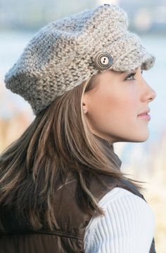 Newsboy crochet hat. DIY