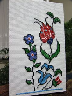 This Pin was discovered by Neş Wool Embroidery, Cross Stitch Embroidery, Cross Stitch Patterns, Crotchet Bags, Cross Stitch Cushion, Tissue Box Covers, Cross Stitch Flowers, Brick Stitch, Cross Stitching