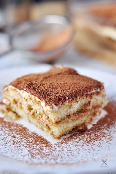 When the original can't really be improved, it's a classic. This Classic Italian Tiramisu is one of these classics. Watch our video to learn how to make it. Kitchen Recipes, Baking Recipes, Dessert Recipes, Drink Recipes, Italian Tiramisu, Tiramisu Recipe, Ice Cream Treats, Classic Italian, Italian Recipes