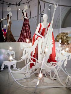 V Ballgown exhibition