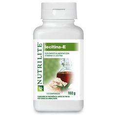 NUTRILITE™ Lecitina E. Este produto representa uma excelente combinação de Vitamina E de origem natural e Lecitina. A Vitamina E é um antioxidante, enquanto que a Lecitina é um emulsificante natural das gorduras. Estes comprimidos mastigáveis, de sabor agradável, são adoçados com mel natural e têm sabor a alfarroba e derivados naturais de noz de bordo. A Vitamina E é um antioxidante que ajuda o organismo a proteger-se contra a formação de radicais livres…