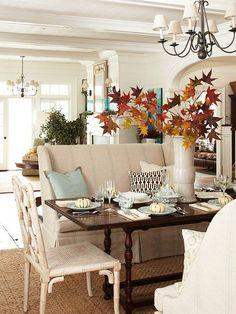 Thanksgiving Interior Decor Ideas. Via Better Homes and Gardens.
