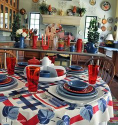 4th of July Fiesta® tabletop | thelittleroundtable.com