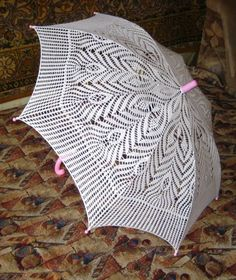 Ideas for crochet umbrellas - Crochet yarn Lace Umbrella, Lace Parasol, Modern Crochet Patterns, Crochet Designs, Love Crochet, Beautiful Crochet, Crochet Doilies, Crochet Yarn, Crochet Bikini Pattern