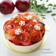 . りんごのレアチーズ バレンタインシーズン真っ只中だというのに、紅玉真っ只中の時に作っていたりんごレアチーズ 中にりんごムースを仕込んだのですが、チーズの味と上のラズベリーゼリーに負けて、まっっっったくりんごの味がしなかった一品 てかりんごを主張させてかったのに、なぜ私はラズベリーゼリーにしたのか、自分でもすごい謎です . . . #sweets#cake#mousse#cheesecake#apple#homemade#instafood#instagramjapan#スイーツ#ケーキ#ムース#チーズケーキ#りんご#パティシエカメラ部#コッタ#デリスタグラマー#クッキングラム#きらきらバレンタイン#キッチンからLOVE#お菓子作り#お菓子作り好きな人と繋がりたい#おうちカフェ#手作りお菓子