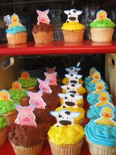 Amazon.com: Farm Animal Barnyard Theme Finger Puppet Cupcake Toppers: Toys & Games