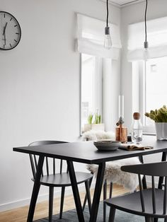 A very cool Swedish home with a twist.