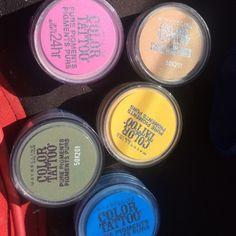Maybelline color tattoo eye shadow bundle 5 color eye shadow bundle. 1. Buff & tuff 2. Pink Rebel 3. Wild Gold 4. Forest Fatale 4. Brash Blue Maybelline Makeup Eyeshadow