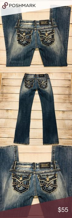 🌹MISS ME🌹Large Stitch IRENE BOOT #JPD1020-2 Sz26 🌹MISS ME🌹Large Stitch IRENE BOOT #JPD1020-2 Sz26 💥 inseam is 30.5 inches 💥 Rise is 7 inches  💥 preloved in great condition Miss Me Pants Boot Cut & Flare