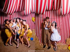 Circus photo booth w