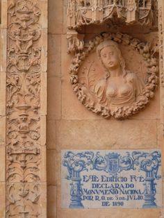 detail+of+plateresque+facade+of+Convento+de+San+Esteban,+Salamanca