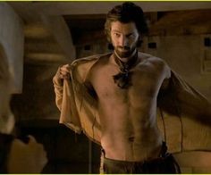 Michiel Huisman Glamour | Michiel Huisman Strips Down Butt Naked on 'Game of Thrones'!