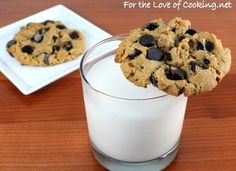 For the Love of Cooking » Flourless Peanut Butter and Chocolate Chip Cookies~ I honestly might try these. looks interesting...