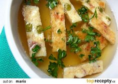Uzený vývar s pražským svítkem recept - TopRecepty.cz Thai Red Curry, Risotto, Tacos, Soup, Chicken, Meat, Ethnic Recipes, Dali, Soups