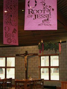 Br. Martin Erspamer, OSB (formerly Steve Erspamer, SM) made those banners out of paper. ... St. Meinrad
