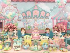 Hoje o dia foi da Estella com festa Parque de Diversões toda candy colors