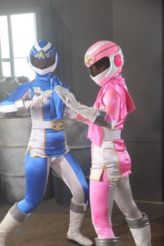 Power Rangers In Space, Pink Power Rangers, Pink Costume, Suit Of Armor, Suits For Women, My Little Pony, Cosplay Costumes, Harajuku, Princess Zelda