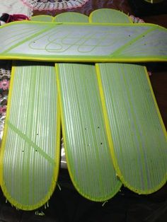 JULIO RIVERA uploaded this image to 'skateboards'. See the album on Photobucket. Custom Car Paint Jobs, Custom Paint Motorcycle, Custom Cars, Lace Painting, Sign Painting, Spray Painting, Skate Ramp, Skate Decks, Painted Skateboard