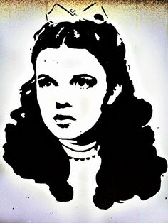 Stencil Patterns, Stencil Painting, Stencil Designs, Stenciling, Hot Glue Art, Movie Crafts, Star Illustration, Caricature Artist, Scratch Art