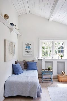 Beach House Bedroom, Dream Bedroom, Home Bedroom, Home Interior, Interior Decorating, Interior Design, Coastal Living, Hygge, House Colors