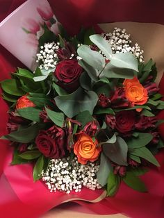 This magnificent arrangement boasts a glorious combination of sweet peach and scarlet roses, deep red spray chrysanthemums, white gypsophila, aralia leaves and eucalyptus leaves. Show someone how much you care in a stylish way. One Rose, Flowers Delivered, Eucalyptus Leaves, Romantic Flowers, Sweet Peach, Gypsophila, Chrysanthemum, Birthday Bash, Red Roses