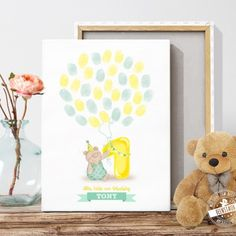 Geschenk zum ersten Geburtstag, schöne Erinnerung mit Fingerabdrücken auf Leinwand