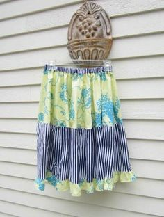 handmade dress haven: Jennifer Paganelli Beauty Queen Twirly Skirt How To Make Skirt, Handmade Dresses, Tween Girls, Creative Home, Beauty Queens, Kids Outfits, Upcycled Clothing, Kids Clothing, Stripes