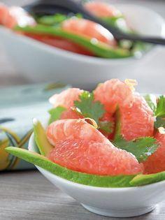 Salade pomelo-avocat et crevettes roses
