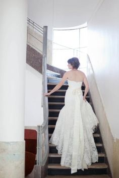 selling my #romonakeveza #bridal #gown size 6 // accepting best offer!