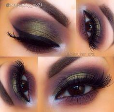 Makeup. Green, purple and brown smokey eye