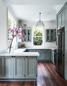 8 Gifted Simple Ideas: Kitchen Remodel Peninsula Range Hoods cheap kitchen remodel before after.Colonial Kitchen Remodel Islands small kitchen remodel one wall. Refined Old Small Kitchen Remodel Ideas Source by Home Decor Kitchen, Diy Kitchen, Home Kitchens, Modern Kitchens, Grey Kitchens, Kitchen Small, Decorating Kitchen, Awesome Kitchen, Cheap Kitchen