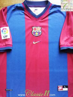 Relive Barcelona's La Liga season with this vintage Nike home football shirt. Classic Football Shirts, Vintage Football Shirts, Retro Shirts, Vintage Shirts, Bobby Robson, Uefa Super Cup, Vintage Nike, Champions League, Ronaldo