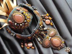 Necklace and bracelet set. Handmade. FREE by DASHARTSTUDIO on Etsy, $429.00